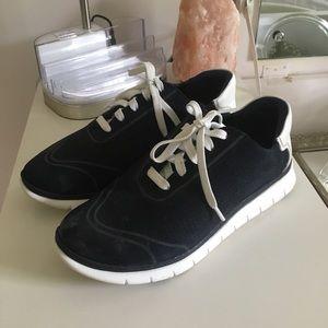 Vionic Navy Sneakers
